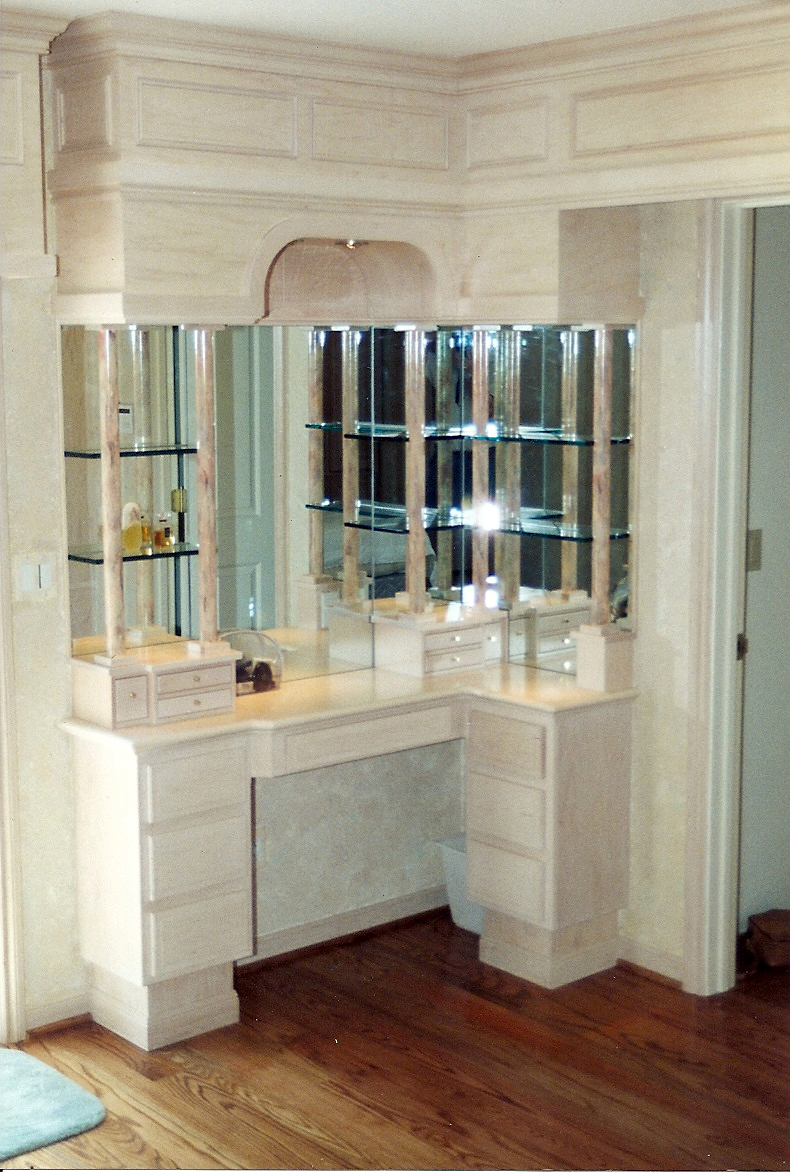 Excellent Bathroom Vanity with Glass Shelf 790 x 1172 · 665 kB · jpeg